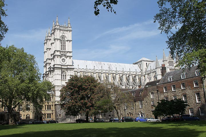 Westminster Abbey and Afternoon Tea at the Cellarium for Two