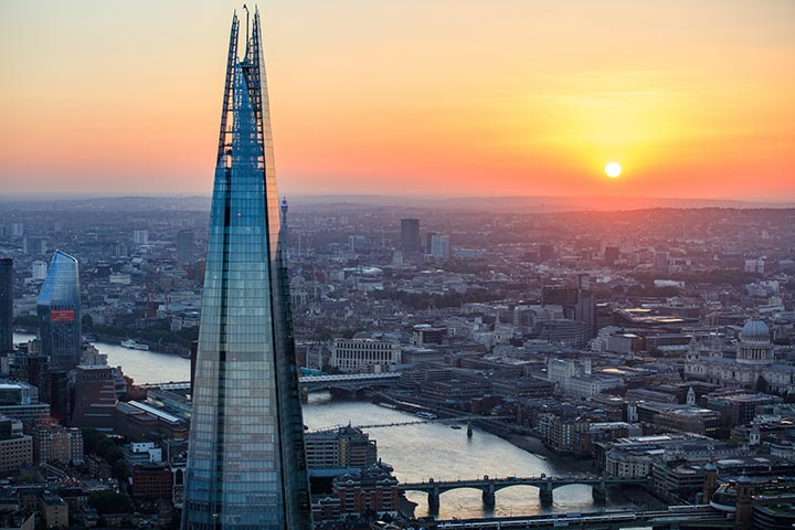 View From The Shard With A Three Course Meal & Wine For Two At Caf