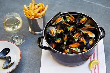 Up at The O2 and 3 Course Meal with Sparkling Wine at Café Rouge for Two - Weekend Thumb