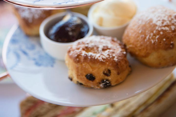 Buckingham Palace State Rooms and Afternoon Tea for Two