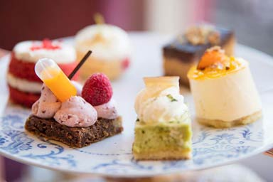 Buckingham Palace State Rooms and Afternoon Tea for Two Thumb