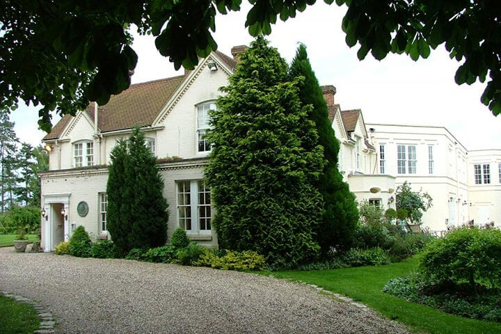 Gourmet Escape to Esseborne Manor