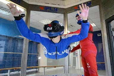 Indoor VR Skydive for One with iFly Thumb
