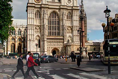 Westminster Abbey and Lunch for Two at Benihana