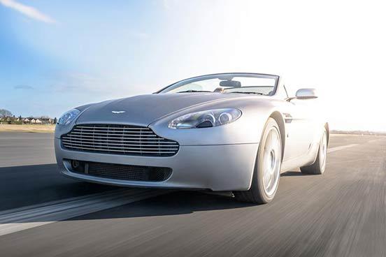 Aston Martin V8 Vantage Blast