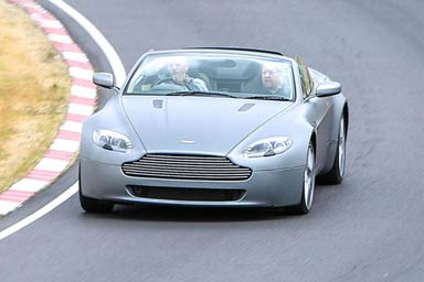 Aston Martin V8 Vantage Blast Thumb