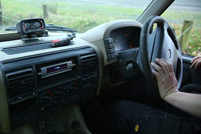 Reverse Steer Land Rover Driving for Two