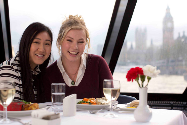 Thames Lunch Cruise for Two with City Cruises