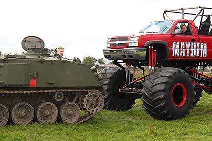Ultimate Tank Drive vs Monster Truck Drive