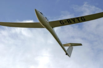 Gliding with an Aerotow