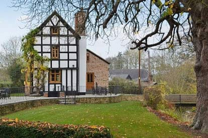 £50 Heritage Cottage Escapes