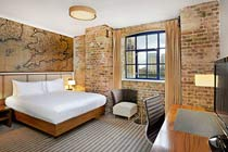 London overnight stay with Simply Windsor Castle Afternoon Tour Thumb