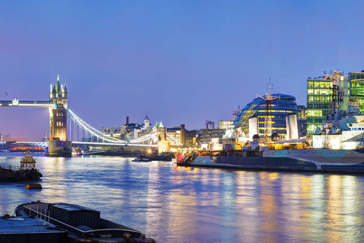 image of London Overnight Stay with Thames RIB Speedboat Experience
