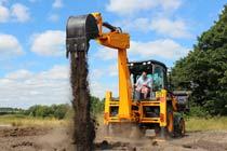 JCB Digging Experience at Diggerland Thumb