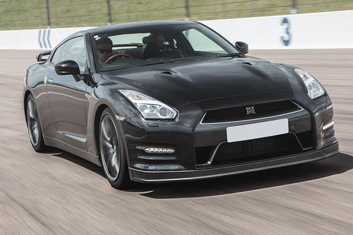 Nissan GT-R Thrill