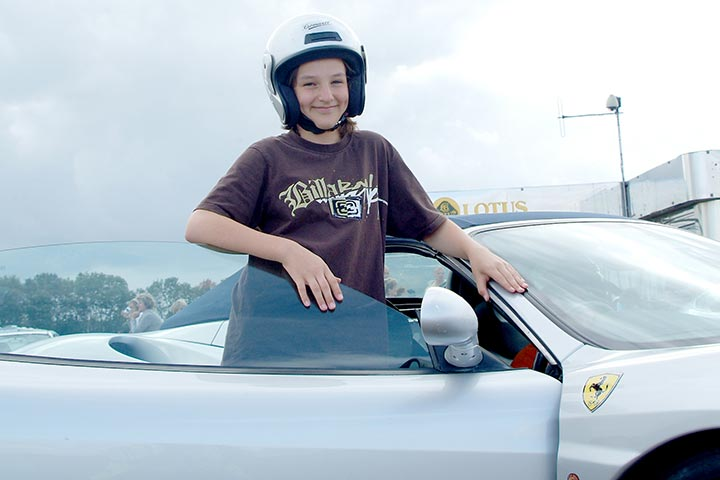 Junior Supercar Taster