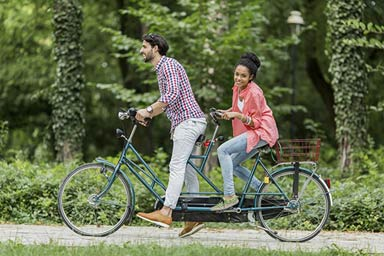 Tandem Cycle Experience for Two Thumb