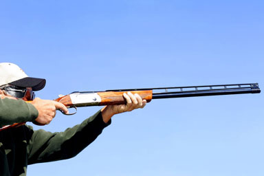 Clay Pigeon Shooting for Two with 100 Clays
