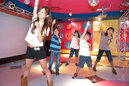 London KidZania After 3pm with Sightseeing Bus Tour