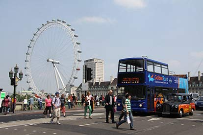London KidZania Experience with Sightseeing Bus Tour