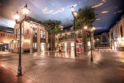 KidZania Entry after 3pm with Sightseeing Bus, Walking Tour and Thames Ride