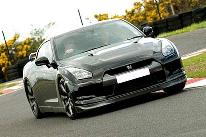 Nissan GTR Vs Aston Martin with High Speed Passenger Ride