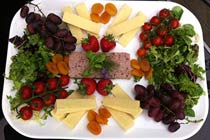 Deluxe Ploughman's Lunch and Tastings at Sedlescombe Vineyard for Two