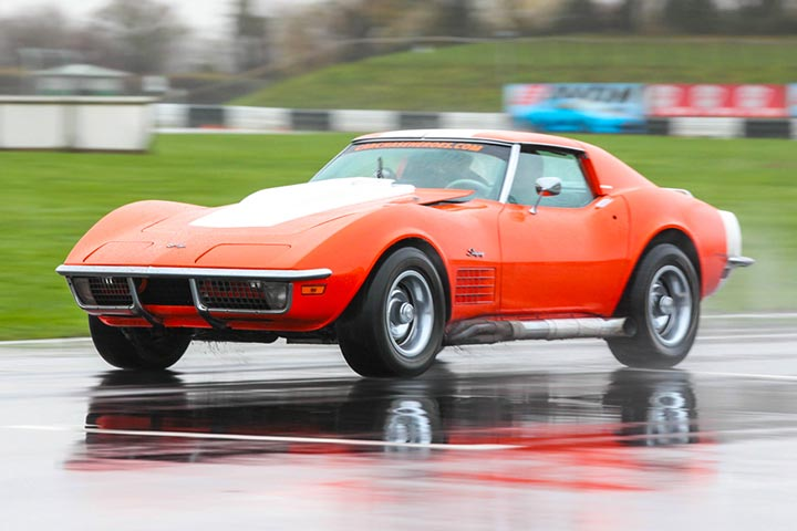 Corvette Stingray Race Car Blast