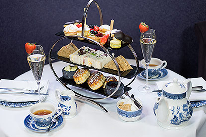 Prosecco Afternoon Tea At The Strand Palace Hotel For Two