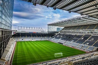 Two Adults and Two Children Tour of St James' Park